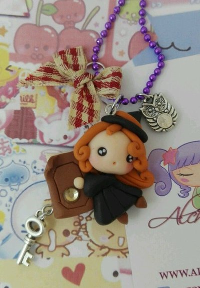 Collana Kawaii FIMO wicca wiccan streghine libro magia strega alchemian witch