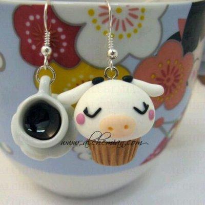 Orecchini Kawaii FIMO Alchemian tazzina e pasticcino mucca dolcetti cute loli
