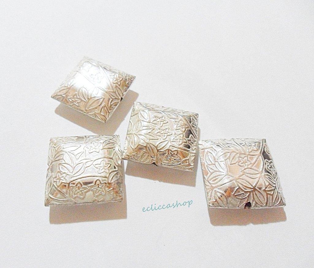 Perlina Distanziatore  in argento indiano 14 x 14 mm 1 Pz