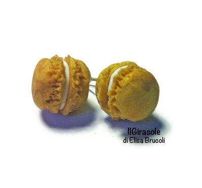 Orecchini macaron oro a perno in fimo