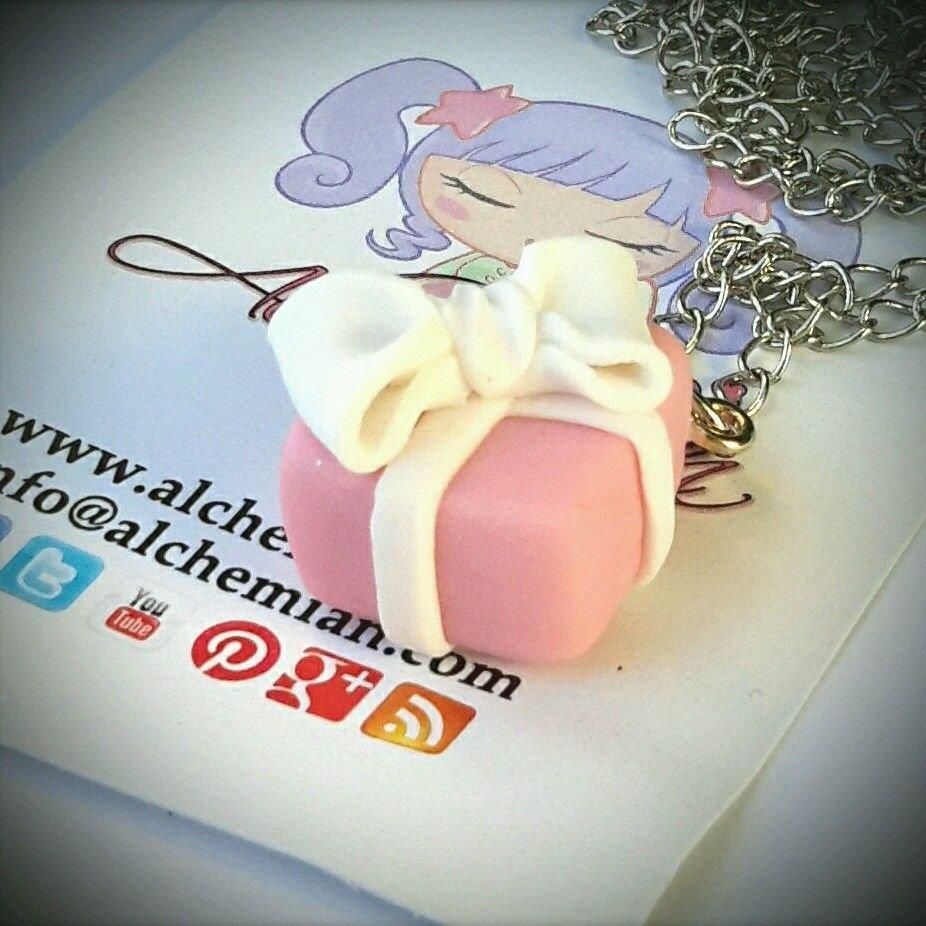 Collana Kawaii FIMO pacchetto regalo rosa Alchemian fatta a mano lolita natale