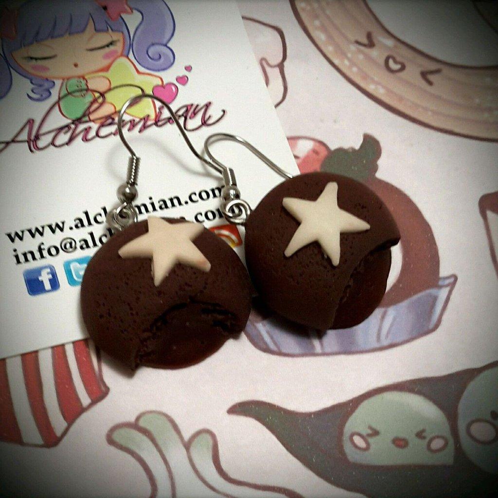 Orecchini Kawaii FIMO Alchemian moon cake pan di stelle lolita natale dolcetti