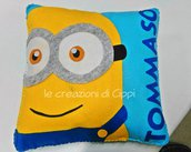 Cuscino personalizzato con il nome del tuo bambino, fatto a mano in pannolenci.