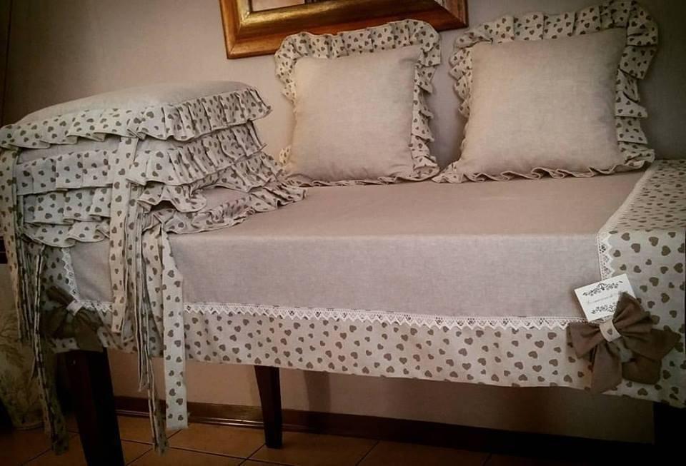 Coordinato tovaglia piu cuscini per sedie e 2 per divano per la su misshobby - Cuscini per sedie da cucina ...