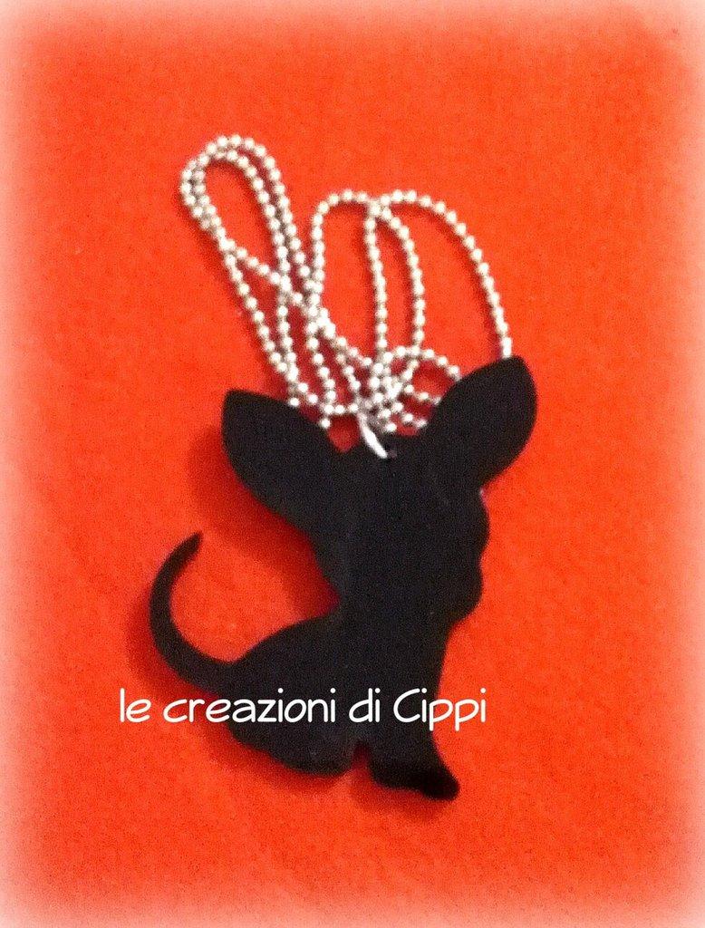 Collana con ciondolo chihuahua in plexiglass nero