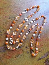 Collana lunga arancione, perle in vetro