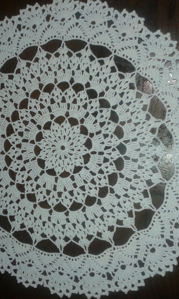 centrino cotone fatto a mano nuovo