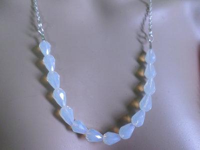 collana goccia di cristallo di opale