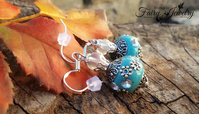 Orecchini pendenti perle indonesiane strass celeste riflessi aurora boreale argento 925