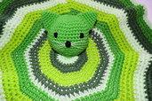 Copertina dou dou tonda neonato con gattino verde all'uncinetto
