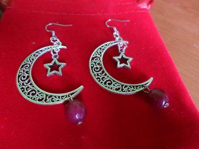 orecchini pietre dure di radice di rubino e falci di luna