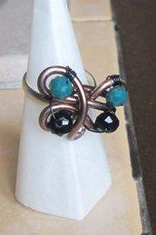 Anello regolabile Wire bronzato con perline fatto a mano