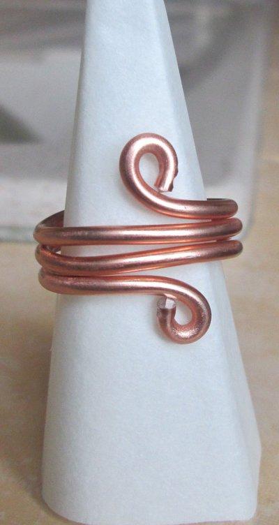 Anello wire in filo ramato fatto a mano