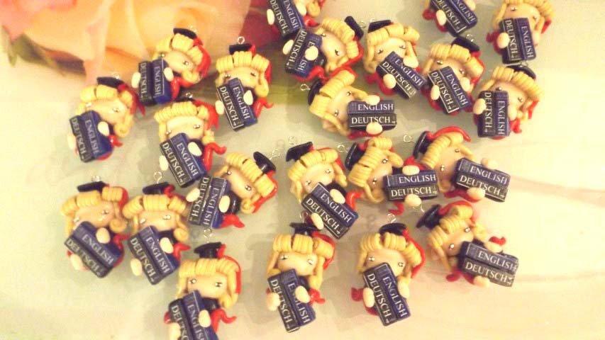 BOMBONIERA LAUREA in LINGUE - folletta - porta confetti- scatola confetti - sacchetto confetti FIMO