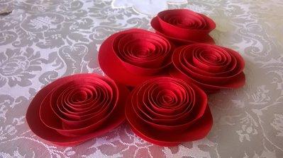 Fiori di carta, 10 rose rosse, decorazione matrimonio, centro tavola