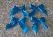 Fiocchetti azzurri di raso per confezionare bomboniere battesimo