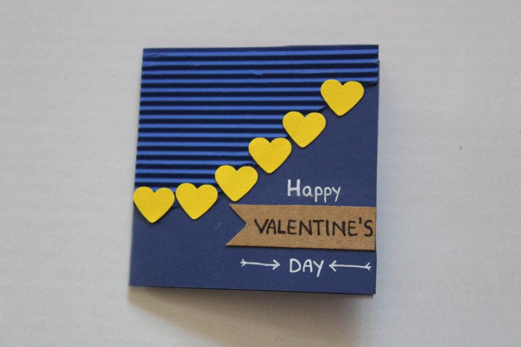 Biglietto san Valentino - Cuori gialli