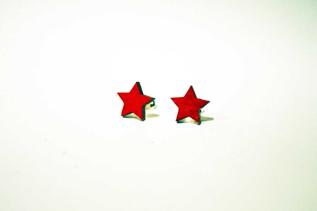 orecchini stella rossa