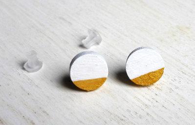 Orecchini cerchio bianco e oro