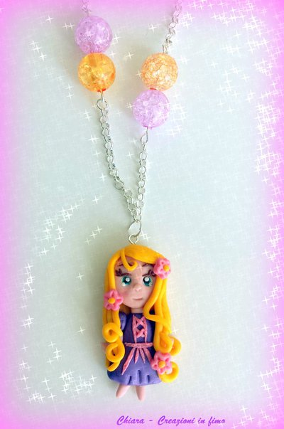Collana con ciondolo in fimo handmade bambolina kawaii regalo compleanno bambina bomboniera