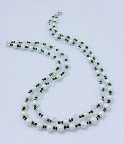 """Collana corta a doppio filo con perle e cristalli """"Cristalli di perle"""""""
