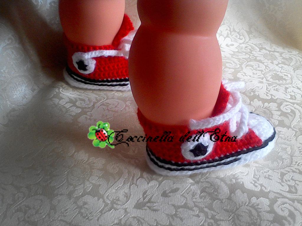 Scarpette neonato a uncinetto 0 3 mesi converse all star Idee regalo