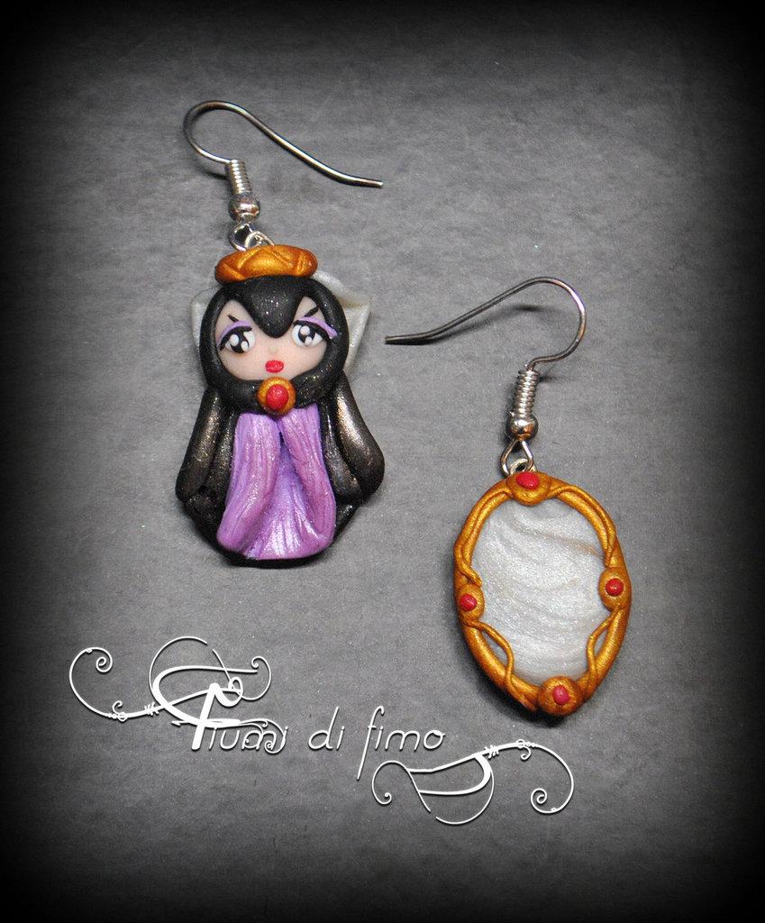 orecchini pendenti fimo  orecchini fimo  orecchini ispirati al cartone di Biancaneve  orecchini  earrings polymerclay  orecchini specchio  gioielli fimo  gioielli  specchio fimo  strega di Biancaneve fimo 