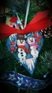 Pupazzi di neve innamorati