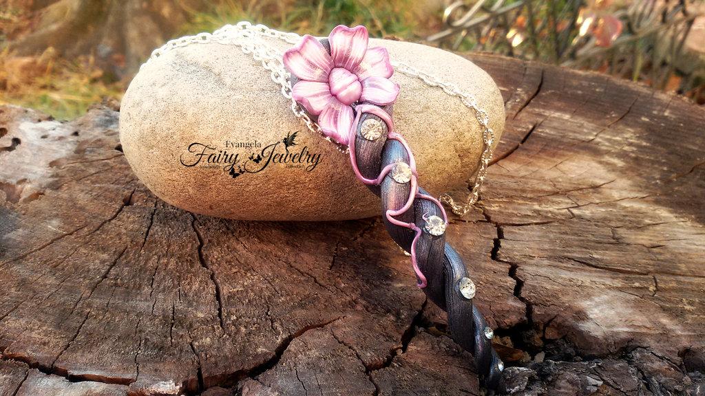 Collana sigillo elfico  pasta polimerica perla fiume viola lilla fatto a mano