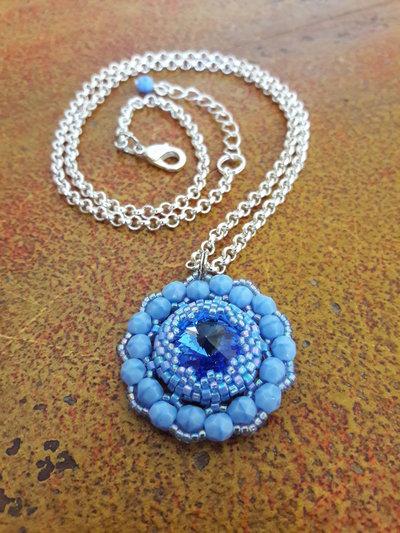 Pendente Cristallo Blu Zaffiro, Collana con ciondolo, Idea regalo per lei