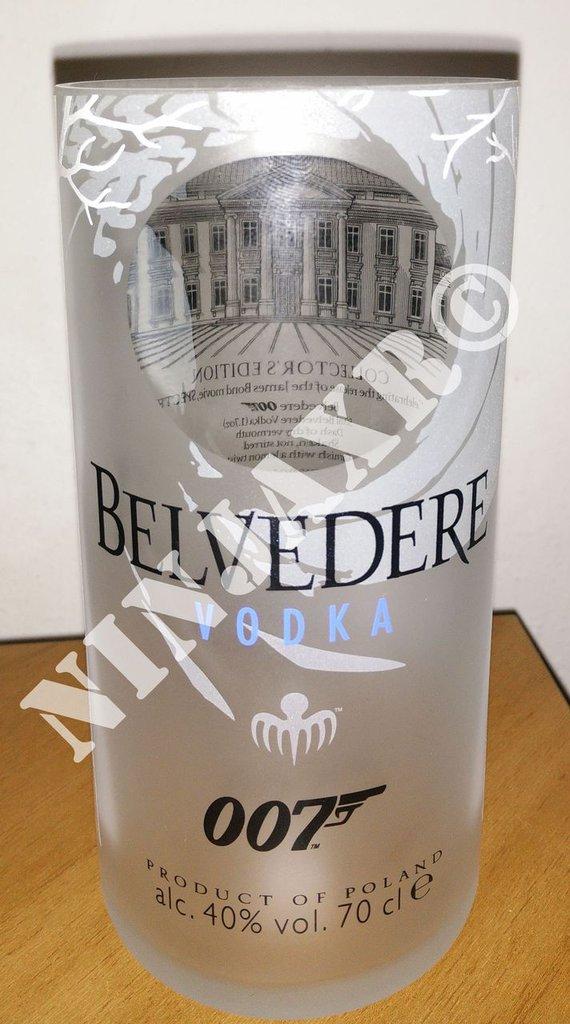 Bicchiere Bottiglia Vodka BELVEDERE Tumbler 007 Spectre riciclo creativo riuso idea regalo arredo