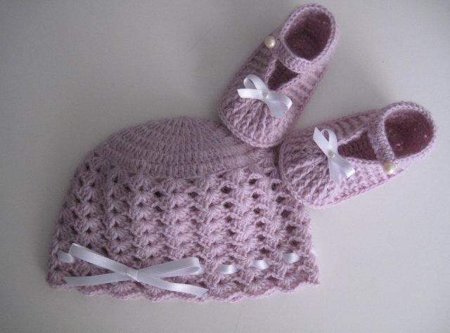 Set coordinato lilla cappello + scarpine neonata/neonato fatto a mano idea regalo corredino nascita battesimo cerimonia uncinetto