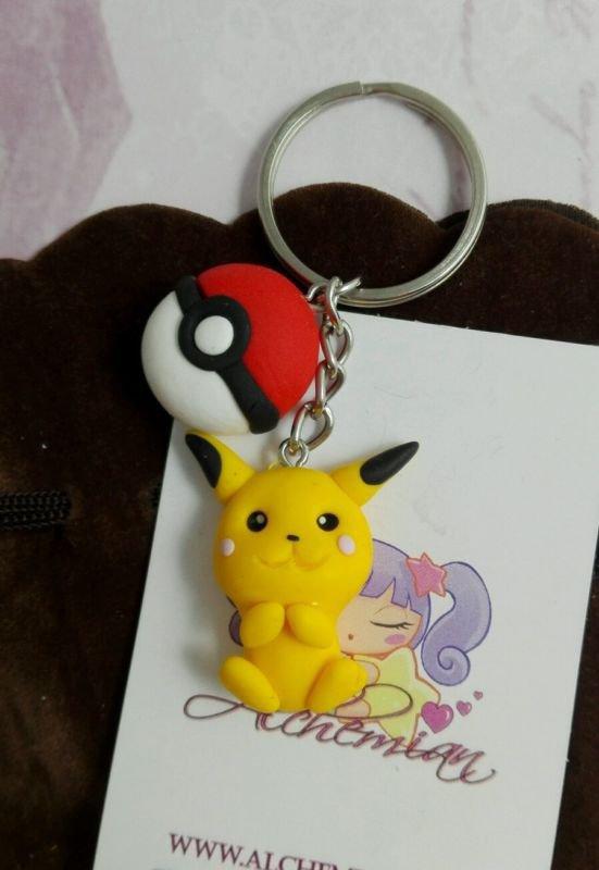 Portachiavi FIMO Pikachu pokeball, Alchemian kawaii style,sweet lolita