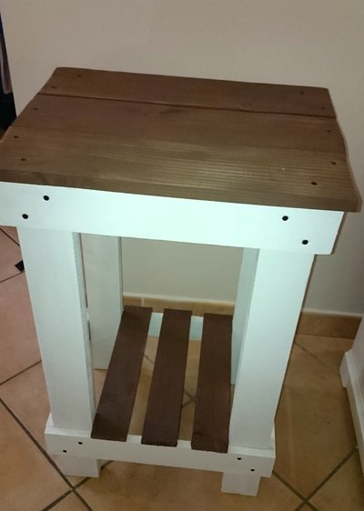 Tavolino in legno recuperato bianco e marrone