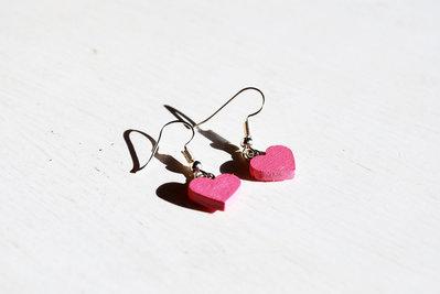 Orecchini Cuori Rosa – Pendenti