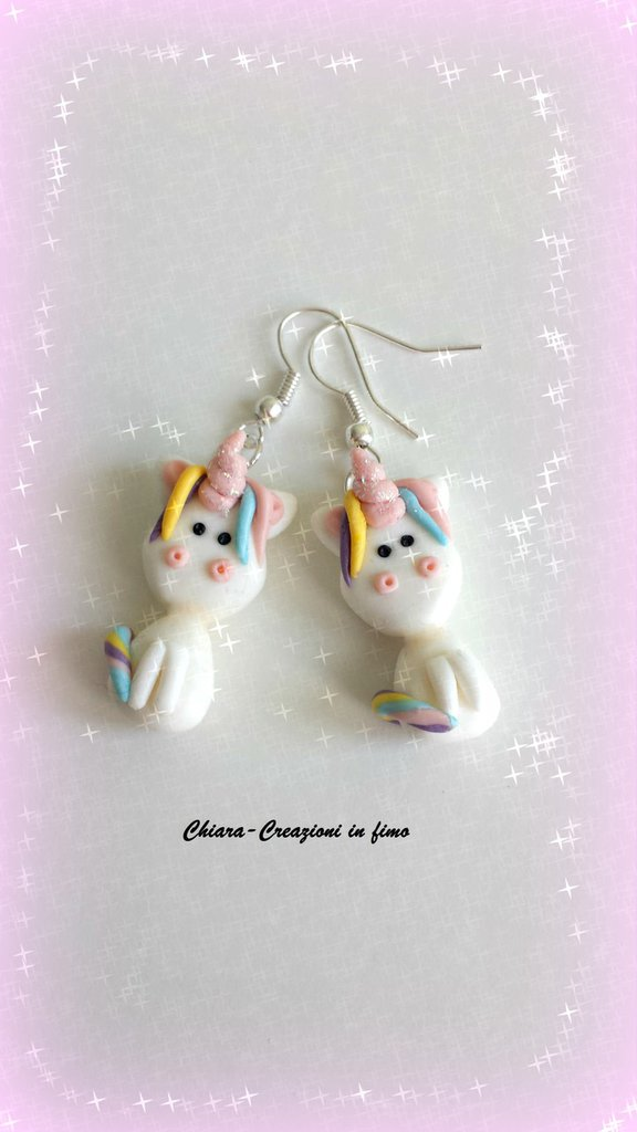 Orecchini in fimo fatti a mano con un simpatico Unicorno Arcobaleno kawaii idee regalo compleanno bomboniera
