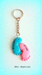 Bomboniera in fimo per nascita battesimo gemelli piedini rosa azzurro personalizzabile con nome