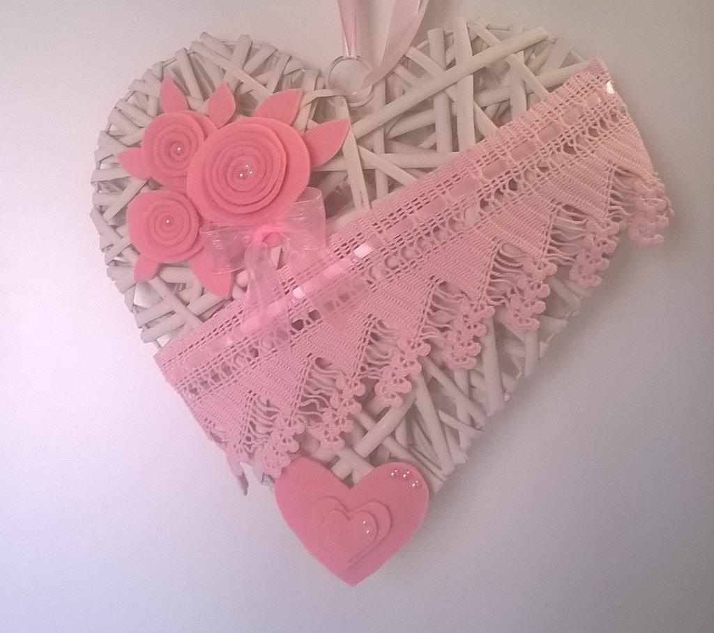 Fiocco nascita cuore rosa, decorazione cameretta, cuore di legno
