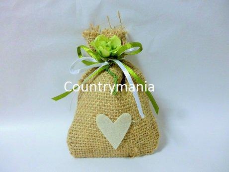bomboniera sacchetto di yuta con cuore