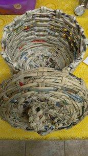 cestino con cannucce di carta con coperchio