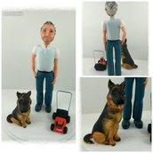 Scultura caricatura cake topper uomo con cane