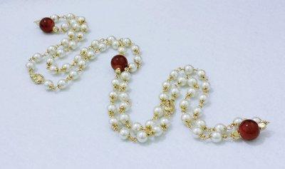 """Collana lunga di perle bianche """"2mpg"""""""