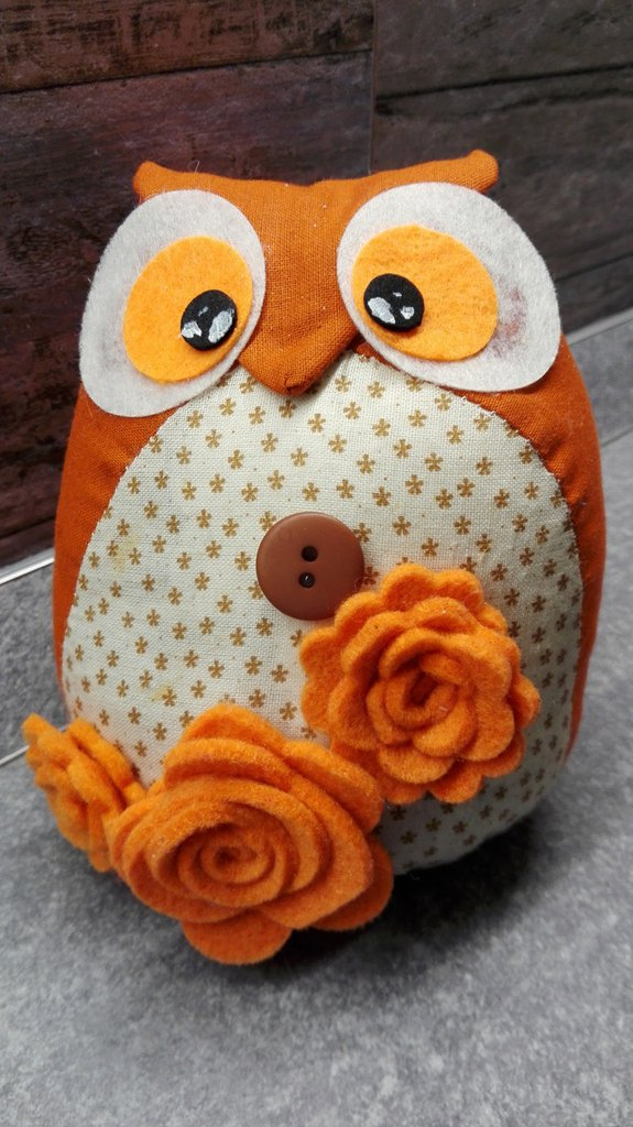 gufo fermaporta arancione con roselline