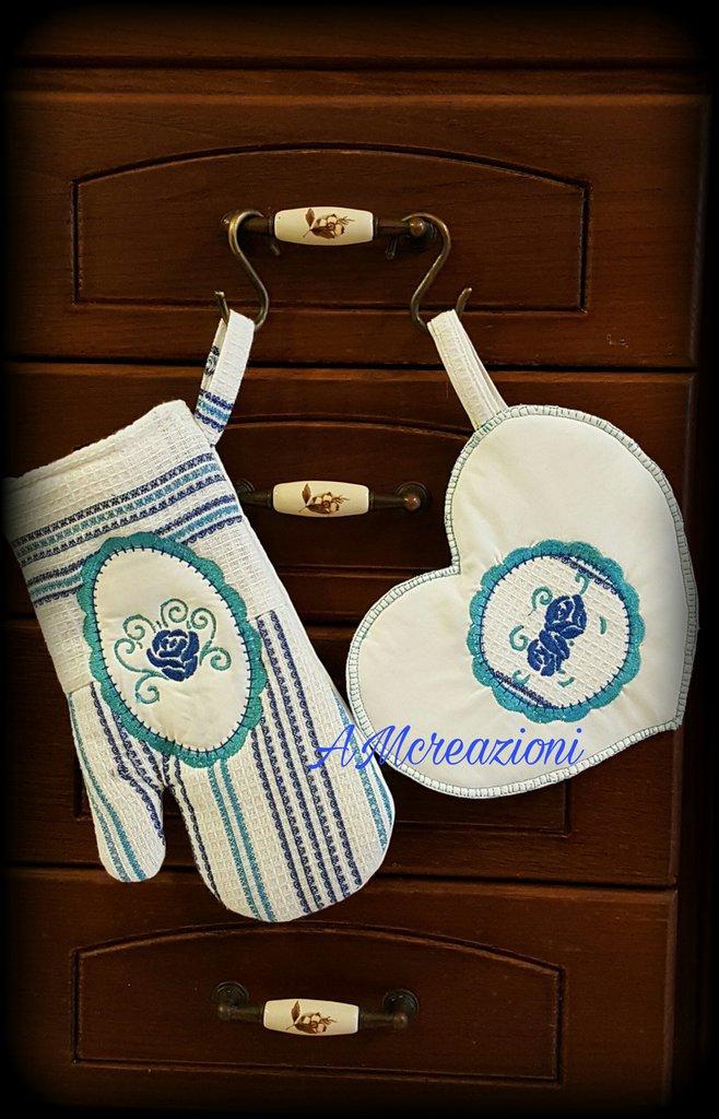 Set da cucina blu/bianco