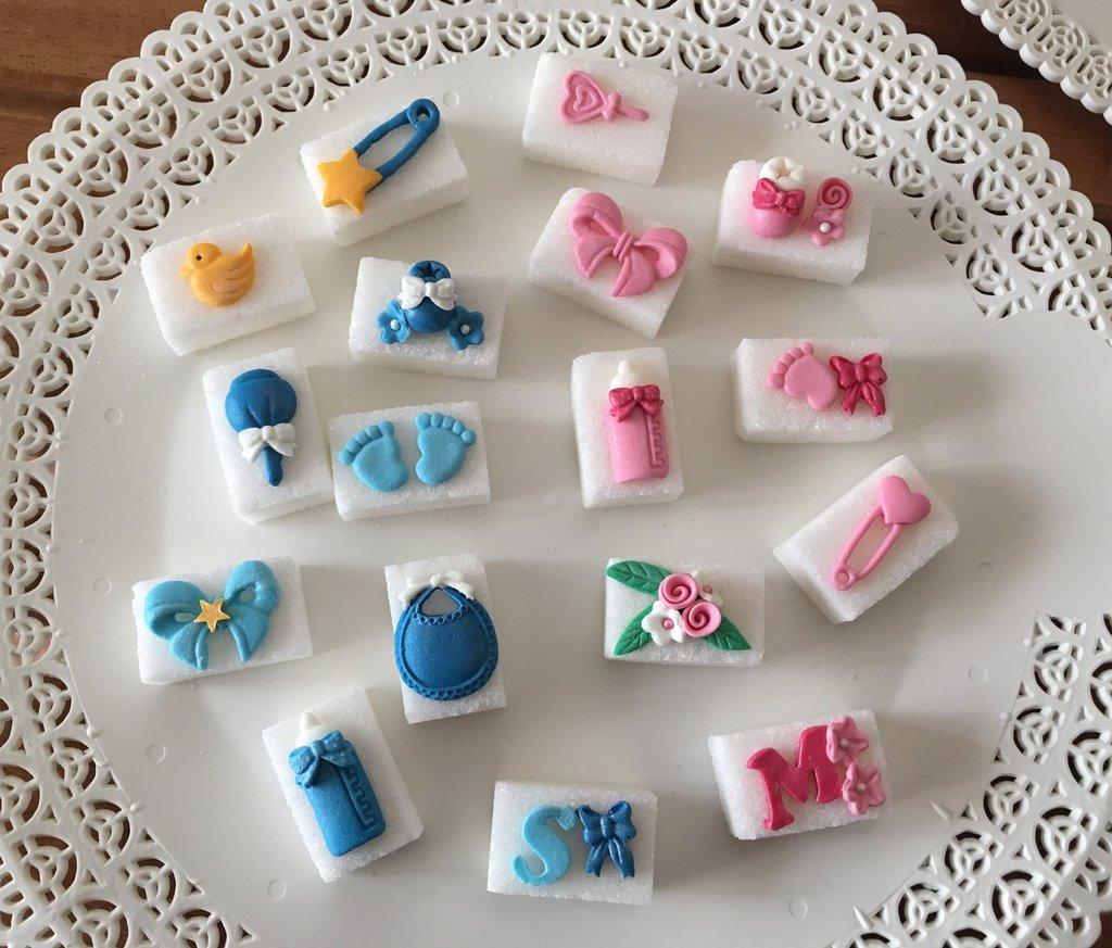 zollette di zucchero decorate per nascita e battesimo