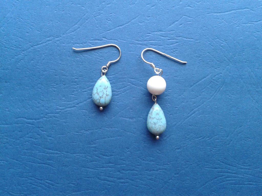 Orecchini con perle celesti Creazione Originale