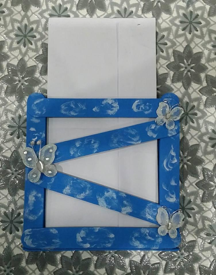 Porta lettere di legno calamitato blu