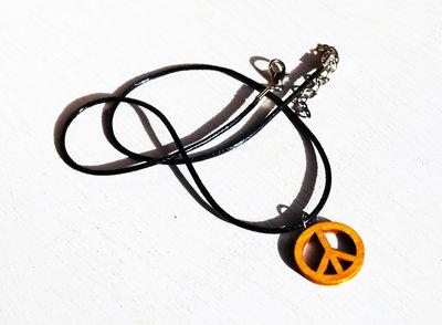Collana con simbolo della pace, collana con ciondolo in legno, ciondolo della pace, collana in legno, simbolo della pace