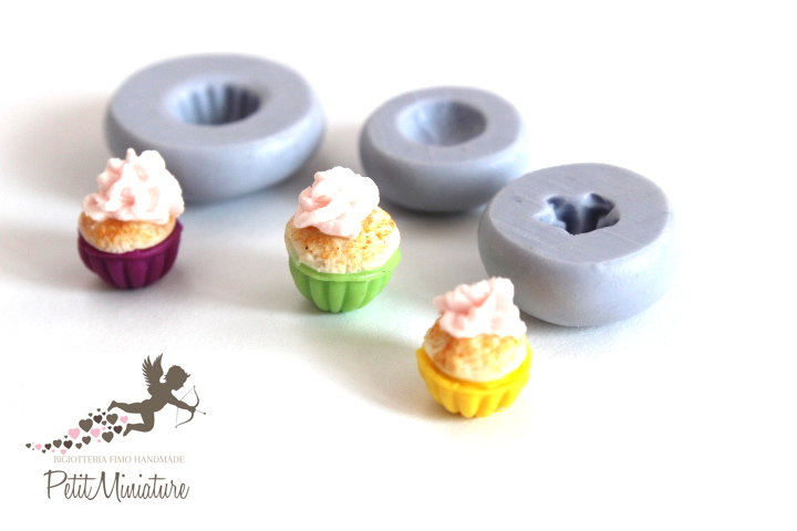 STAMPO CUPCAKE 0,7mm silicone flessibile 3d miniature dollhouse charm kawaii fimo gioielli sapone resina gesso 3 stampi ST252