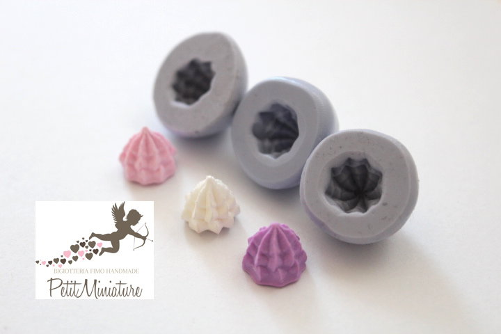 Stampo Panna montata cupcake stampo 3D Silicone flessibile Mold panna montata in miniatura Kawaii Fimo gioielli Charms cibo ST263